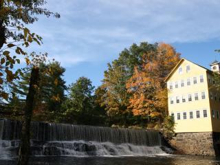 Riverview apt in Mill B&B near Northampton/Amherst - Hatfield vacation rentals
