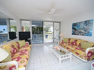 Beautiful Condo - #28 Harbour Heights 7MB - Cayman Islands vacation rentals