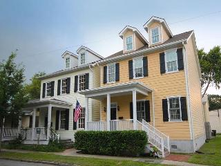 Harris Hideaway - Savannah vacation rentals