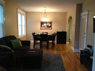 Super Bowl weekend rental available WITH PRIVATE BUTLER WHO WILL ALSO DRIVE YOU TO AND FROM STADIUM - Secaucus vacation rentals
