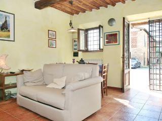 House 2-3 p. old style in Lucca - Lucca vacation rentals