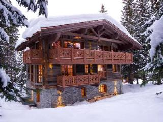 Chalet Les Gentianes- in renowned ski resort, Ski-in/Ski out & full staff - Courchevel vacation rentals