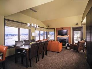 The Ultimate in Jackson Hole Lodging - Hotel Terra 3 Bedroom Suite - Teton Village vacation rentals