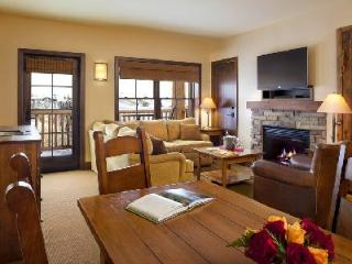 Teton Mountain Lodge & Spa 3 Bedroom Suite with WiFi and Mountain Views - Teton Village vacation rentals