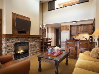 Teton Mountain Lodge & Spa Bi-Level Two Bedroom Suite, Ski-in/ski out & jetted tub - Teton Village vacation rentals