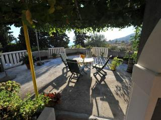Villa WhiteHouse - Apartment 1 - Omis vacation rentals