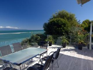 Harbour View Apartment 2: Awesome Tasman Bay view - Nelson vacation rentals