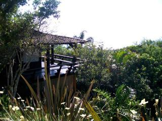 Praia Rosa, SC , Brazil - Cozy House on the Beach with Beautiful Views and Fully Equipped - Praia Rosa vacation rentals