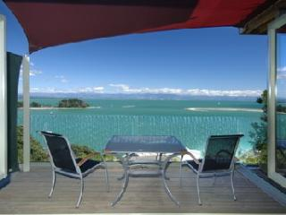 Harbour View Apartment 1: Awesome Tasman Bay view - Nelson-Tasman Region vacation rentals