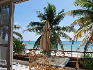 SUNSHINE Suite on the Beach - Playa del Carmen vacation rentals
