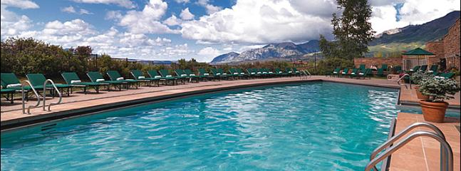 Heated Outdoor Pool Provides Majestic Mountain Views - Opulent Suite at the Peaks Resort - World-Class Amenities (6684) - Telluride - rentals