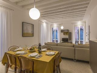 Ca' Rossini 1 - Venice vacation rentals