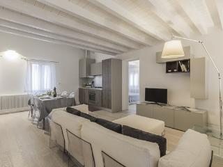 Ca' Rossini 2 - Veneto - Venice vacation rentals