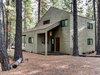 Black Butte Ranch: Partridge Foot Cabin - Black Butte Ranch vacation rentals