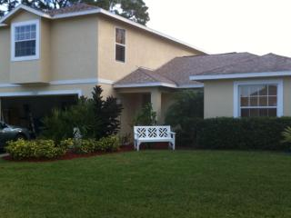 Bright, spacious, 2 bedroom house - Port Saint Lucie vacation rentals