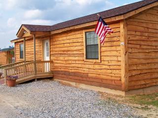 Morning Star Cabin - Murfreesboro vacation rentals