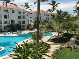 Beautiful 2BR, 2.5BA PH condo w/rooftop terrace - Punta Cana vacation rentals