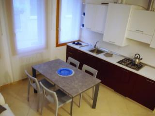 Sinfonia Apartment - Venice all around you - Venice vacation rentals