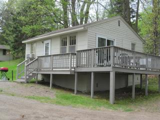SweetWater Resort Cabin #1 - Cushing vacation rentals