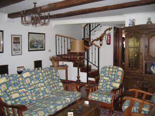 Ofertas Especiales.  Casa Rural en Gredos. Piedrahíta - Navarredonda de Gredos vacation rentals