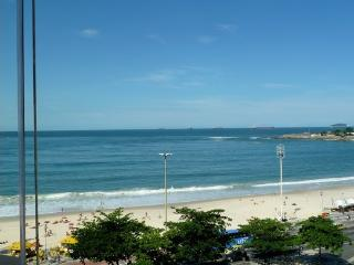 RioBeachRentals - 8th Floor Ocean View - #101D - Copacabana vacation rentals