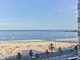 Ocean View One Bedroom Across from the Beach - Copacabana vacation rentals