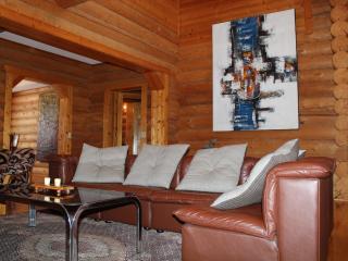 Middle Village , Fantastic Location Niseko Ski Cabin - Kutchan-cho vacation rentals