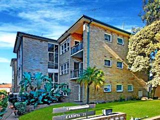 Airy Unit in the Heart of  Rockdale - New South Wales vacation rentals