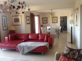 Capanes Del Golf Penthouse - Benahavis vacation rentals
