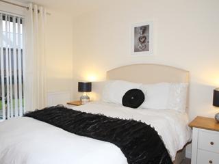 Master bedroom - Papermill Wynd Edinburgh holiday Apartment - Edinburgh - rentals