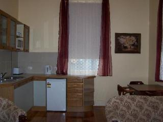 RJ's Bed & Breakfast.  Maryborough , Goldfields - Carisbrook vacation rentals