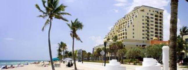 Atlantic Resort & Spa Oceanfront Studio Sleeps 2 - Image 1 - Fort Lauderdale - rentals
