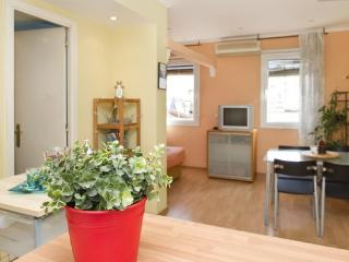 Bogatell Beach Studio 5 minute walk to the beach - Barcelona vacation rentals