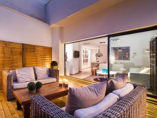 Corona - Godella vacation rentals