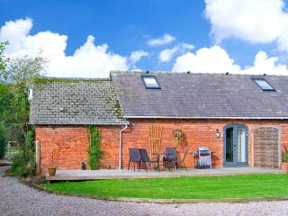 PEAR TREE COTAGE, dogs welcome, charming semi-detached cottage, near Ellesmere, Ref. 23293 - Hengoed vacation rentals