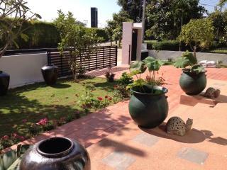 Be Happy Home-Sukhi Ho - Sara Buri vacation rentals