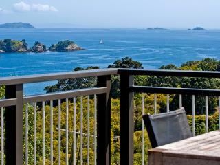 Outstanding in Oneroa, Waiheke Island, New Zealand - Auckland vacation rentals