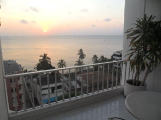 Cheap Ocean View Studio en Laguito - code:CRIS01 - Cartagena vacation rentals