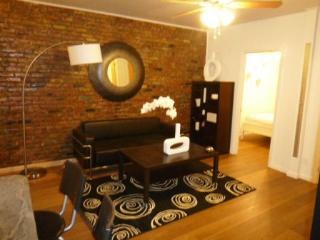 Chic 3BR/2BA for 8 people in SoHo & Little Italy - New York City vacation rentals