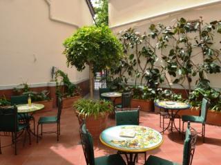 APPARTAMENTO ELISA E - SORRENTO CENTRE - Sorrento - Panza vacation rentals