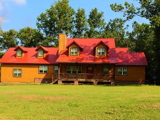 Large vacation home in the woods. - Fayetteville vacation rentals