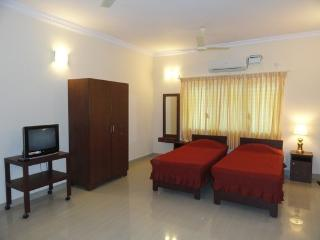 TULIPS HOMESTAY : A/C DELUXE STUDIO ROOM, A 2 - Mysore vacation rentals