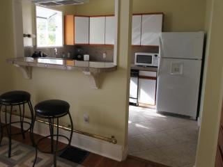 Spectacular 6 Room Suite & Outdoor Spa - Portland vacation rentals