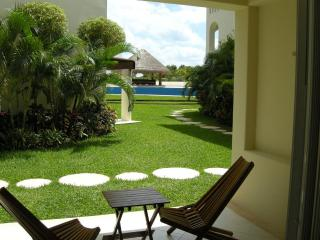 LM Beatiful Condo 2BR, Close to the beach T2 - Playa del Carmen vacation rentals