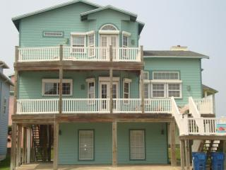 Sand Point Joint: Awesome Beach House w/ Gulf View - Port Aransas vacation rentals