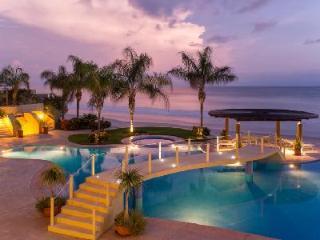 Punta Vista Signature Residence 203 - Oversized Beachfront Condo Unit - Punta del Burro vacation rentals