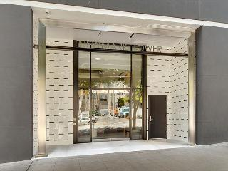 2 Bedroom Port Bow Condo in The Heart of Seattle - Steps to Pike Place Market - Seattle vacation rentals