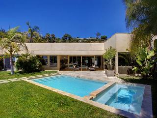 Beverly Hills Modern Villa - Beverly Hills vacation rentals