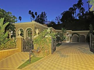 Private Gated Luxury Estate  in Beverly Hills - Beverly Hills vacation rentals