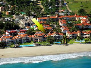 Ocean Dream Amazing & unique beachfr 4bd apt 2+2 - Cabarete vacation rentals